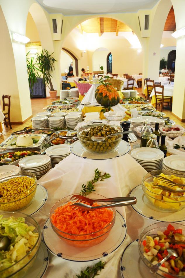Matrimonio Spiaggia Calabria : Hotel villaggio baia degli dei calabria
